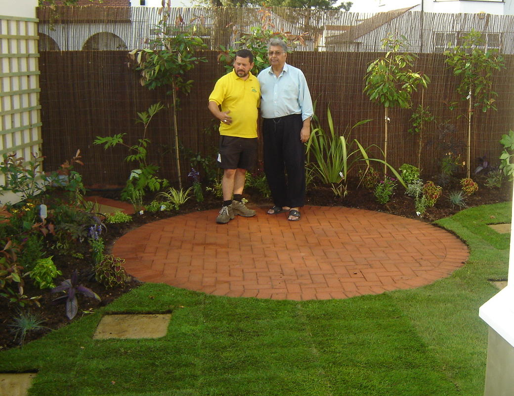 New dawn garden life landscaping in ealing for Garden of life customer service